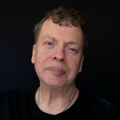 Dick Gebuys voor lezingen en theater